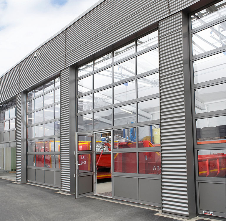 Fire department with Teckentrup Sectional Doors
